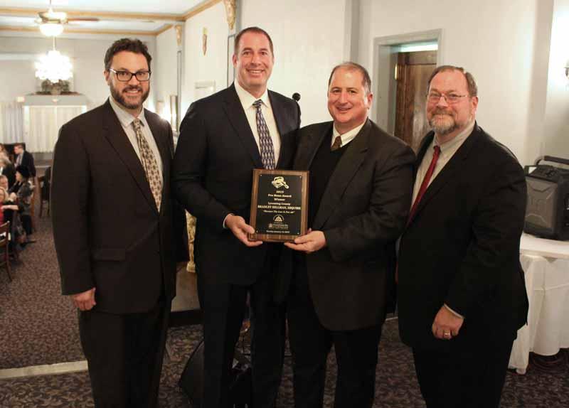PBA pro bono award given to Brad hillman